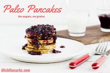 The ultimate guide to the Best Low-Carb Pancakes from the top low carb and keto websites. This is the ONLY guide you'll ever need to find the best recipes for low-carb pancakes | ditchthecarbs.com